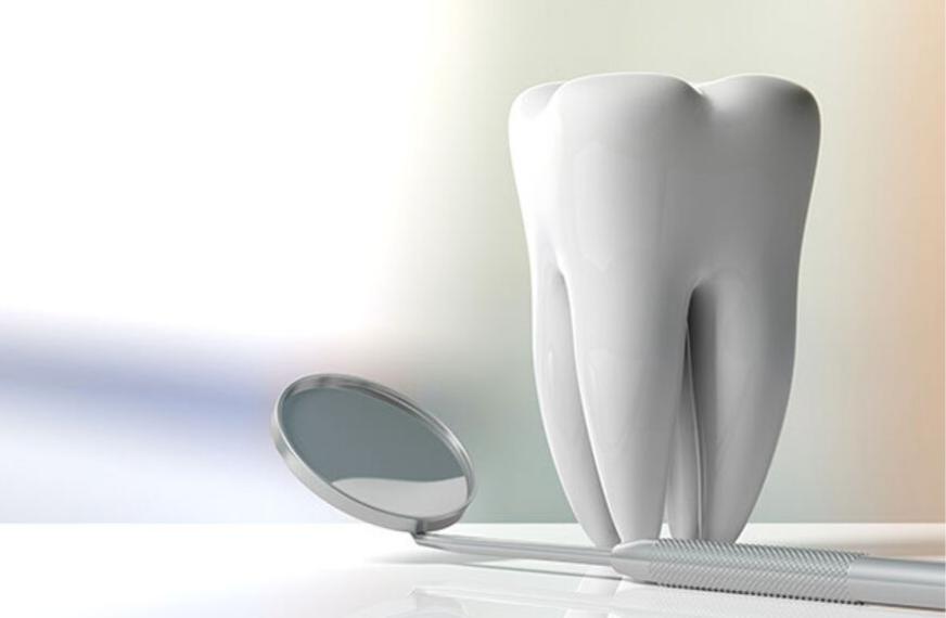 Macchie sui denti: le cause